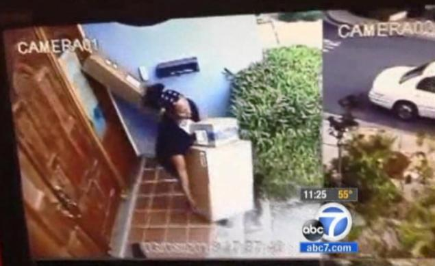 VIDEO: Women caught on camera stealing packages from California woman's …