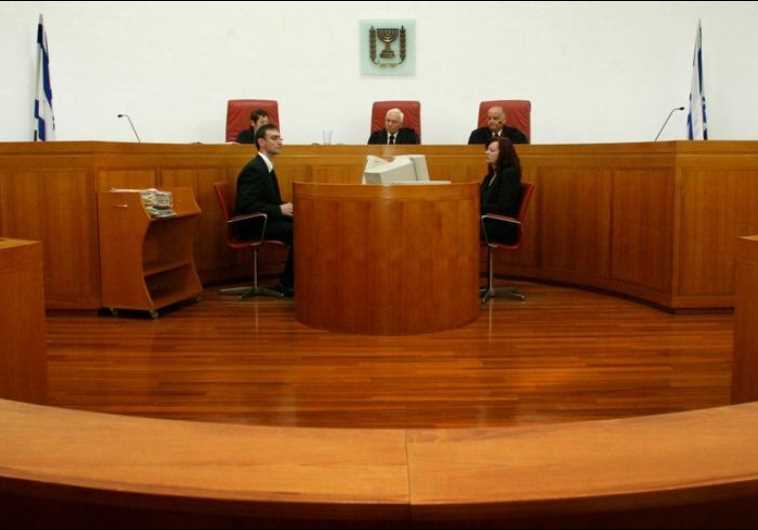 Court acquits two confessed murderers due to police abuse of their rights