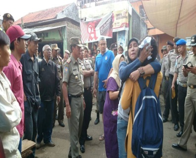 INDONESIA: Local residents of Bukit Duri forcibly evicted and public lawyer …