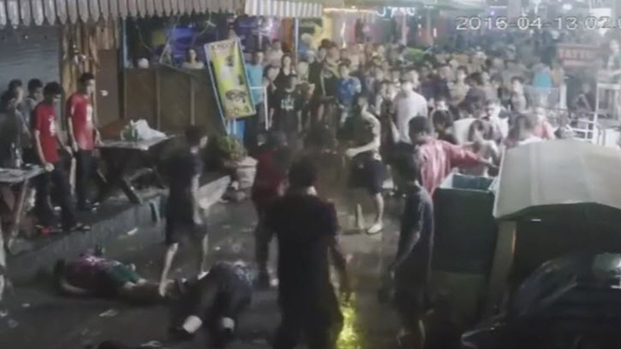 Thai police arrest three over UK family bashing caught on camera